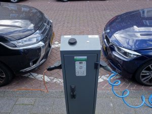 Delen van een elektrische auto in Bezuidenhout